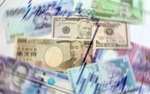 money_gold_77772078